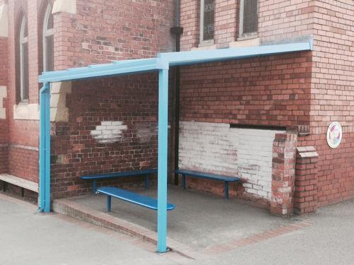 Glass Smoking Shelter : Smoking shelters